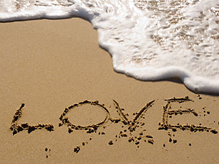 !love_water_beach_bg